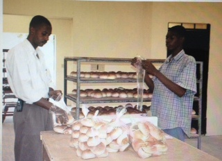 bakery_workers-001